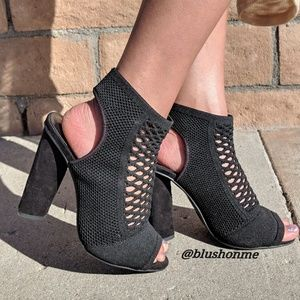 Peep Toe Sling Back Chunky Heels